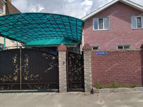 dom-poselok-stahanovskiy-ul-bezlesnaya-d-19 фото
