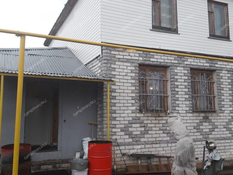 дом на улице Нагорная (д. Б. Константиново)