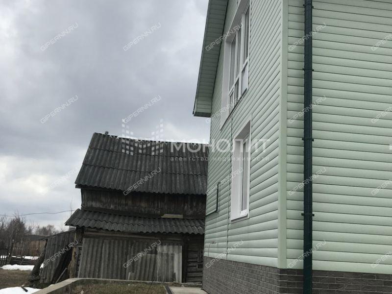 дом на улице Северная село Селищи