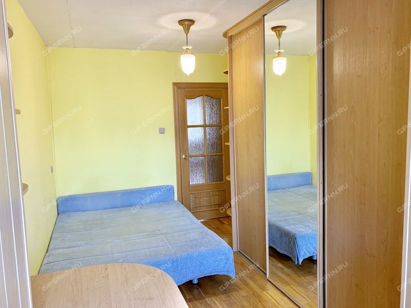 четырёхкомнатная квартира на улице Ошарская дом 88