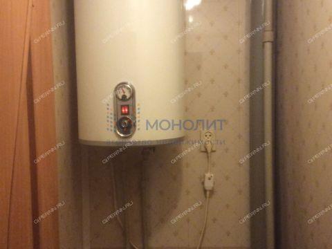 ul-kosmonavta-komarova-d-12a фото